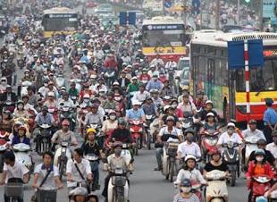 ベトナムのバイク市8.png