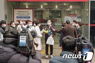韓国の新型コロナ感染者6.jpg